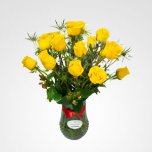 florero con rosas amarillas enciende mi vida floreria bogota